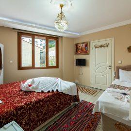 Selcuk Ephesus Palace Hotel Quadruple Room